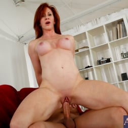 Catherine de Sade in 'Naughty America' and Xander Corvus in My Friends Hot Mom (Thumbnail 12)