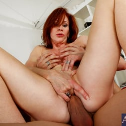 Catherine de Sade in 'Naughty America' and Xander Corvus in My Friends Hot Mom (Thumbnail 13)