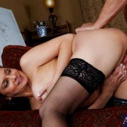 Rebecca Bardoux in 'Naughty America' and Anthony Rosano in My Friends Hot Mom (Thumbnail 13)