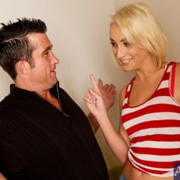 Lexi Swallow in 'Naughty America' and Billy Glide in My Wife's Hot Friend (Thumbnail 2)