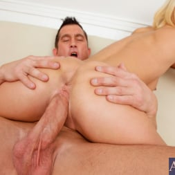 Lexi Swallow in 'Naughty America' and Billy Glide in My Wife's Hot Friend (Thumbnail 10)