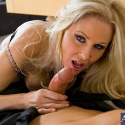 Julia Ann in 'Naughty America' and Tony DeSergio in Housewife 1 on 1 (Thumbnail 6)