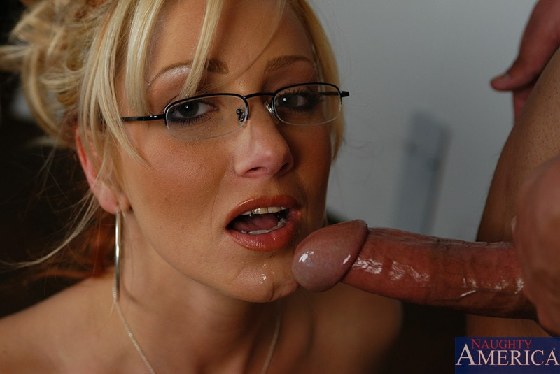 Naughty America 'and Sergio in My First Sex Teacher' starring Ms. Leigh (Photo 11)