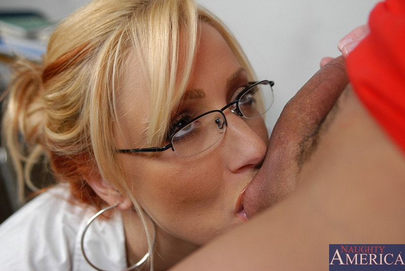 Naughty America 'and Sergio in My First Sex Teacher' starring Ms. Leigh (Photo 12)