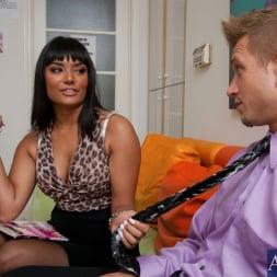 Shazia Sahari in 'Naughty America' and Bill Bailey in Naughty Office (Thumbnail 2)