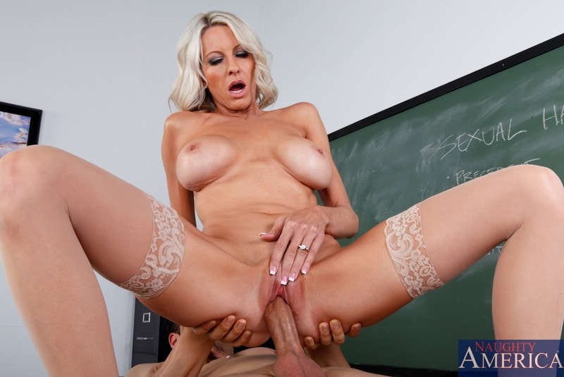 Naughty America 'and Giovanni Francesco in My First Sex Teacher' starring Emma Starr (Photo 12)
