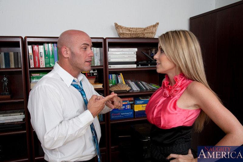 Naughty America 'and Derrick Pierce in Naughty Office' starring Courtney Cummz (Photo 2)
