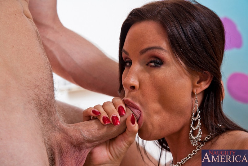 Naughty America 'and Danny Wylde in My Friends Hot Mom' starring Diamond Foxxx (Photo 6)