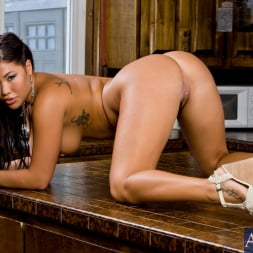 London Keyes in 'Naughty America' and Johnny Castle in Neighbor Affair (Thumbnail 1)