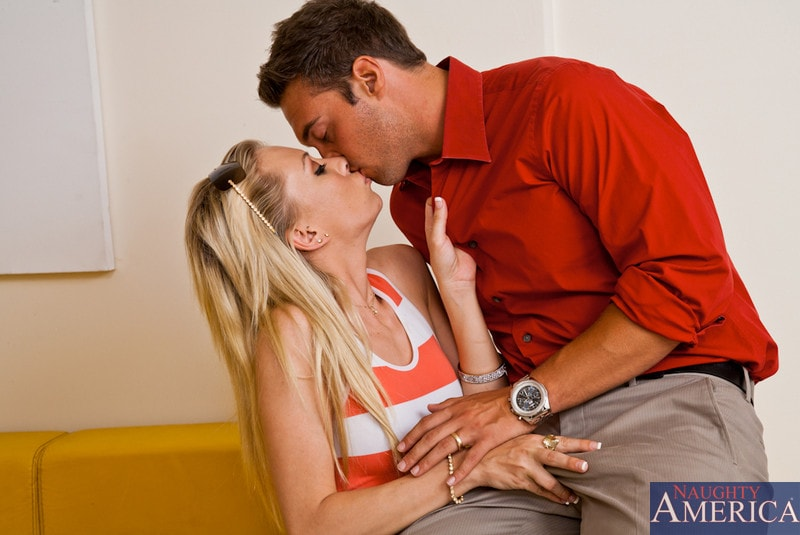 Naughty America 'and Rocco Reed in I Have a Wife' starring Jeanie Marie (Photo 4)