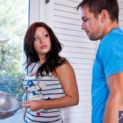 Angelica Raven in 'Naughty America' and Johnny Castle in Neighbor Affair (Thumbnail 3)