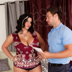Angelina Castro in 'Naughty America' and Johnny Castle in Latin Adultery (Thumbnail 3)