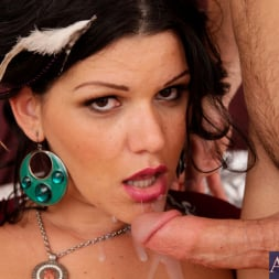 Angelina Castro in 'Naughty America' and Johnny Castle in Latin Adultery (Thumbnail 15)