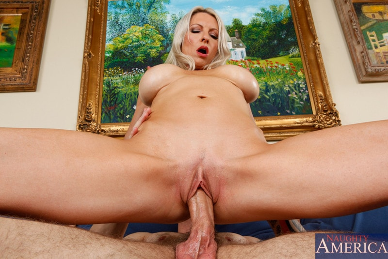 Naughty America 'and Joey Brass in My Friends Hot Mom' starring Emma Starr (Photo 9)