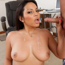 Adrianna Luna in 'Naughty America' and Kris Slater in Naughty Office (Thumbnail 15)