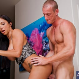 Jewels Jade in 'Naughty America' and Ryan Mclane in Neighbor Affair (Thumbnail 5)