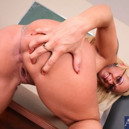 Serena Marcus in 'Naughty America' and Giovanni Francesco in My First Sex Teacher (Thumbnail 1)