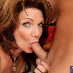 Deauxma in 'Naughty America' and Kris Slater in My Friends Hot Mom (Thumbnail 5)