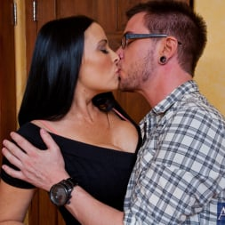 Vanilla DeVille in 'Naughty America' and Dane Cross in My Friends Hot Mom (Thumbnail 3)