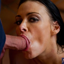 Vanilla DeVille in 'Naughty America' and Dane Cross in My Friends Hot Mom (Thumbnail 15)
