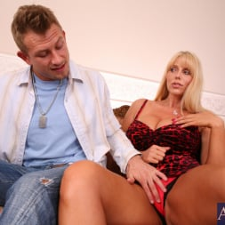 Karen Fisher in 'Naughty America' and Bill Bailey in Seduced by a cougar (Thumbnail 4)