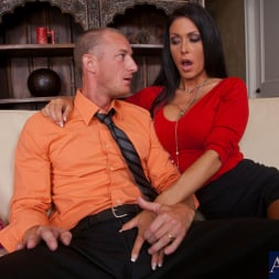 Jessica Jaymes in 'Naughty America' and Ryan Mclane in I Have a Wife (Thumbnail 3)