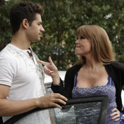 Darla Crane in 'Naughty America' and Giovanni Francesco in My Friends Hot Mom (Thumbnail 2)
