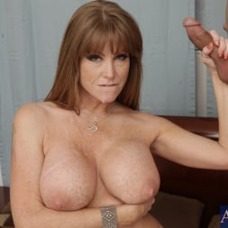 Darla Crane in 'Naughty America' and Giovanni Francesco in My Friends Hot Mom (Thumbnail 14)
