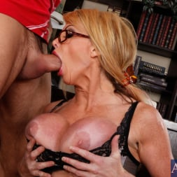 Taylor Wane in 'Naughty America' and Alan Stafford in My First Sex Teacher (Thumbnail 5)