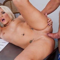 Katie Summers in 'Naughty America' and Justin Magnum in Naughty Office (Thumbnail 10)