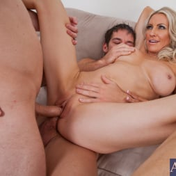 Emma Starr in 'Naughty America' Emma Starr, Johnny Castle and Michael Vegas in My Friends Hot Mom (Thumbnail 13)