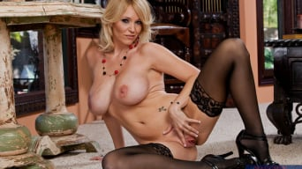 Charlee Chase in 'and Johnny Castle in Seduced by a cougar'