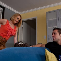 Krissy Lynn in 'Naughty America' and Johnny Castle in My Dad's Hot Girlfriend (Thumbnail 2)
