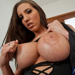 Kelly Divine in 'Naughty America' and Bruce Venture in Ass Masterpiece (Thumbnail 2)