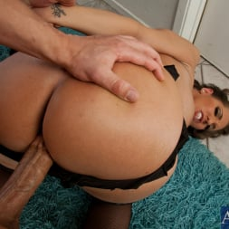 Kelly Divine in 'Naughty America' and Bruce Venture in Ass Masterpiece (Thumbnail 8)