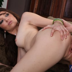 Tiffany Foxx in 'Naughty America' and Kris Slater in Naughty Rich Girls (Thumbnail 8)