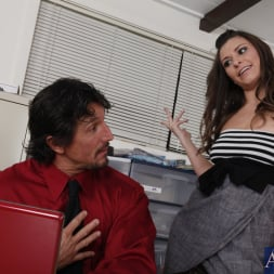 Victoria Lawson in 'Naughty America' and Tommy Gunn in Naughty Office (Thumbnail 2)
