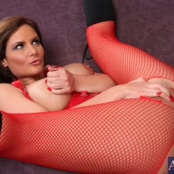 Phoenix Marie in 'Naughty America' and Justin Magnum in American Daydreams (Thumbnail 7)