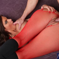 Phoenix Marie in 'Naughty America' and Justin Magnum in American Daydreams (Thumbnail 9)