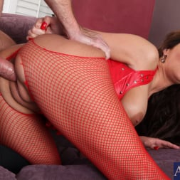Phoenix Marie in 'Naughty America' and Justin Magnum in American Daydreams (Thumbnail 10)
