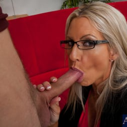 Emma Starr in 'Naughty America' and Danny Wylde in My Dad's Hot Girlfriend (Thumbnail 4)