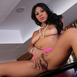 Cassandra Cruz in 'Naughty America' and John Strong in Latin Adultery (Thumbnail 1)