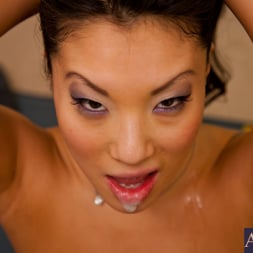 Asa Akira in 'Naughty America' and Johnny Castle in American Daydreams (Thumbnail 14)