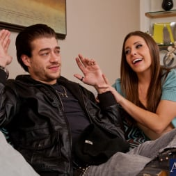 Gracie Glam in 'Naughty America' and Xander Corvus in My Dad's Hot Girlfriend (Thumbnail 2)