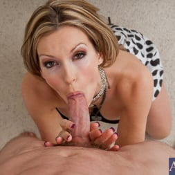 Courtney Cummz in 'Naughty America' and Jordan Ash in Housewife 1 on 1 (Thumbnail 4)