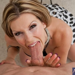 Courtney Cummz in 'Naughty America' and Jordan Ash in Housewife 1 on 1 (Thumbnail 5)