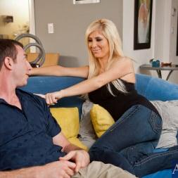 Tasha Reign in 'Naughty America' and Jordan Ash in My Dad's Hot Girlfriend (Thumbnail 3)