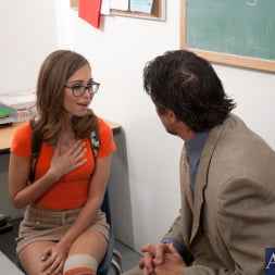 Riley Reid in 'Naughty America' and Tommy Gunn in Naughty Bookworms (Thumbnail 1)