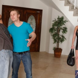 Alanah Rae in 'Naughty America' and Michael Vegas in My Friend's Hot Girl (Thumbnail 3)