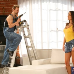 Lizz Tayler in 'Naughty America' and Erik Everhard in My Sisters Hot Friend (Thumbnail 2)